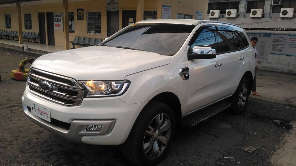 5-30-FORD-EVEREST-2016-TITANIUM-WHITE