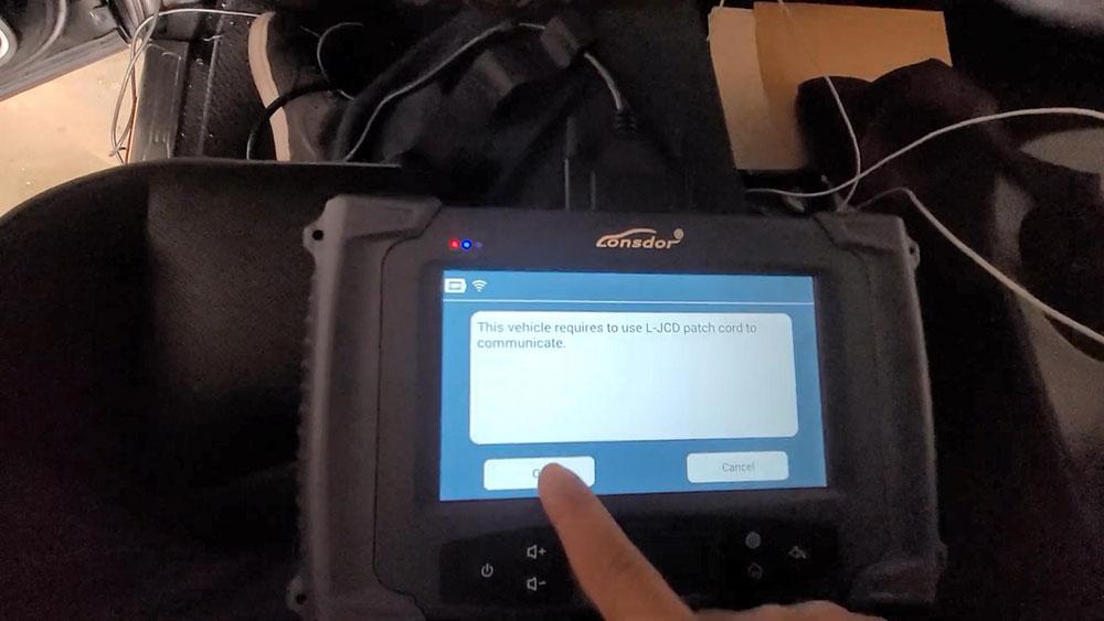 lonsdor-2020-ram-2500-key-programming-05